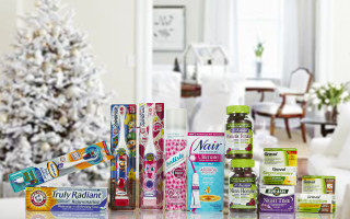 Fill Up Those Stockings With This Festive #Giveaway #MMMGiftGuide ** CAN 12/06