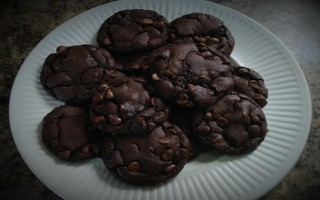 Scrumptious Buttermilk Double Chocolate Cookies #Recipe