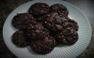 Scrumptious Buttermilk Double Chocolate Cookies #Recipe
